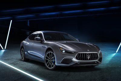 Cu Ghibli Hybrid, Maserati dezvaluie primul sau autovehicul electrificat