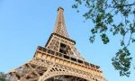 Turnul Eiffel: cum se deplaseaza varful...