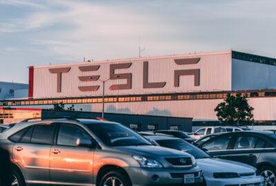 Tesla afiseaza rezulate foarte bune in ciuda crizei
