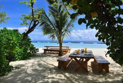 In Maldive, un complex hotelier lanseaza un pachet turistic nelimitat